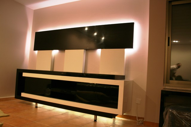 Simple Modern Bar Contemporary Living Room