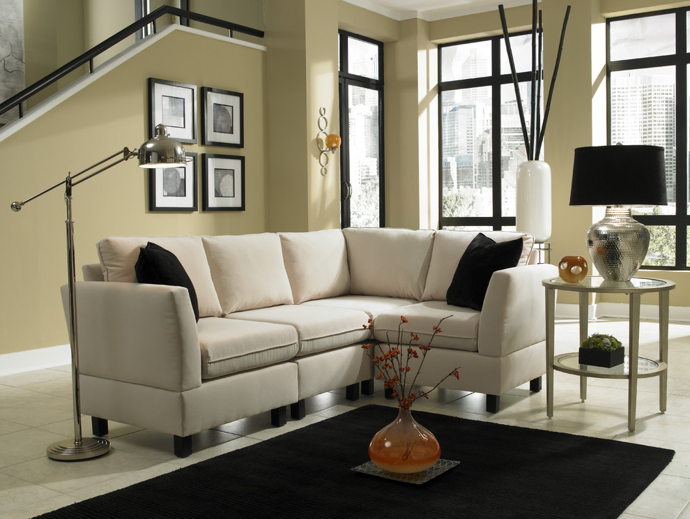 Example of a living room design in Charlotte