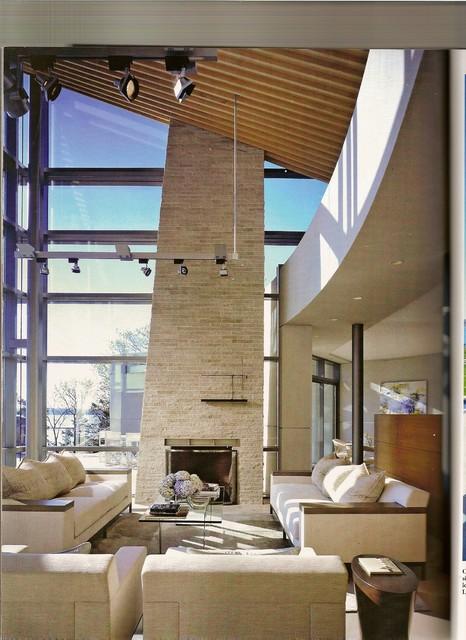 Lago Vista Modern Living Room