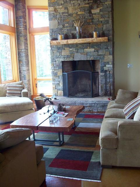 Ski House Getaway traditional-living-room