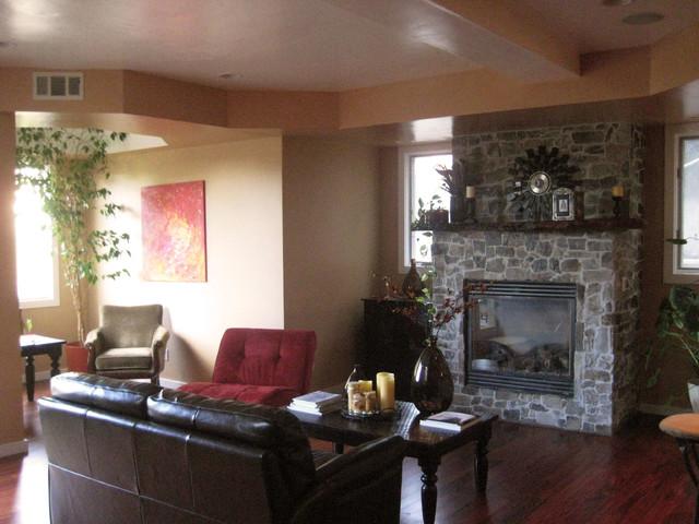 Skyline Blvd traditional-living-room