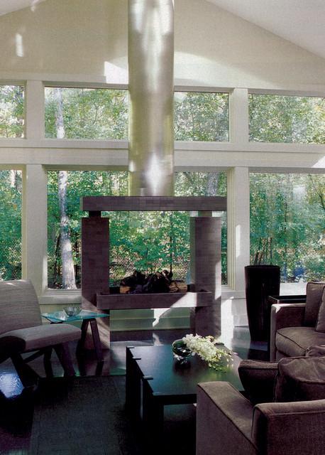 Sleek ranch retreat for Modern sleek living room
