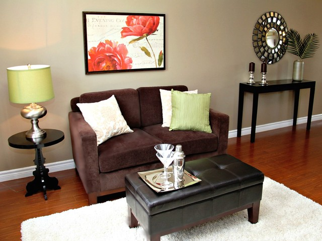 Small Living Room Staging - Traditional - Living Room ...