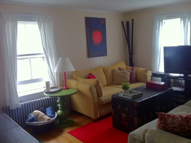 Small space living room eclectic living room new york for Houzz small living rooms