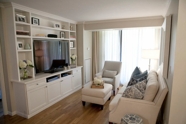 Small Spaces Traditional Living Room Toronto By