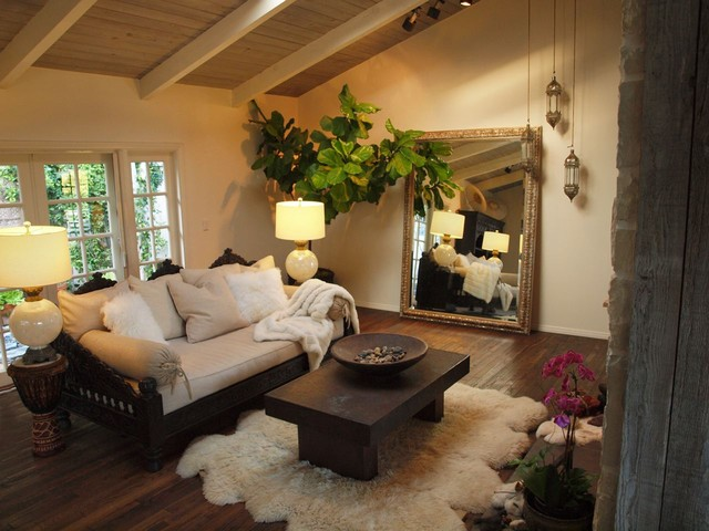 Sofa And Daybed Mediterranean Living Room Los Angeles By