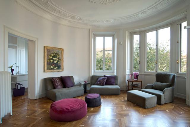 Appartamento in milano casa epoca moderno soggiorno for Soggiorno milano