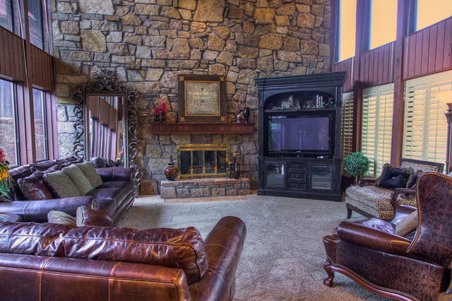 Sold in 2013 - Wyatt Poindexter KW Elite traditional-living-room