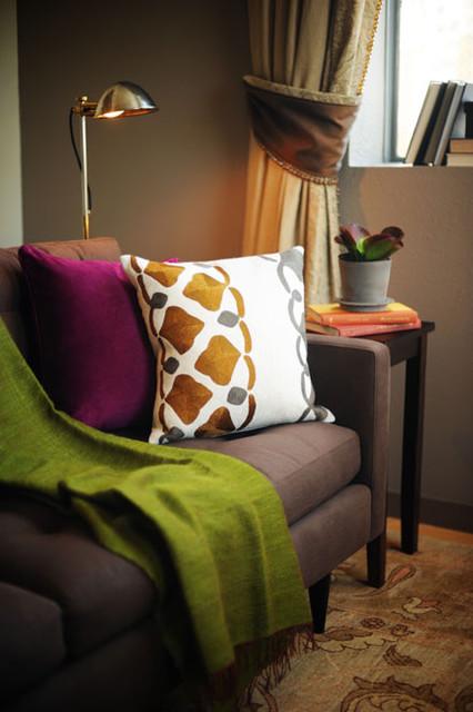 SOMA Loft detail contemporary-living-room