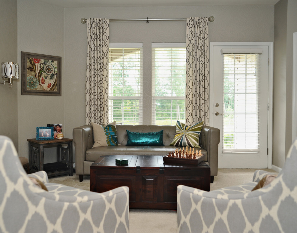 Example of a transitional living room design in Baltimore