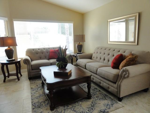 South Chandler Family Home Contemporary Living Room