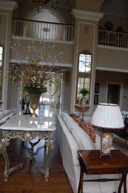South Georgia traditional-living-room