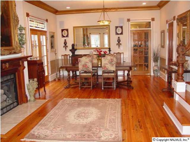 Southern Building Arts LLC living-room