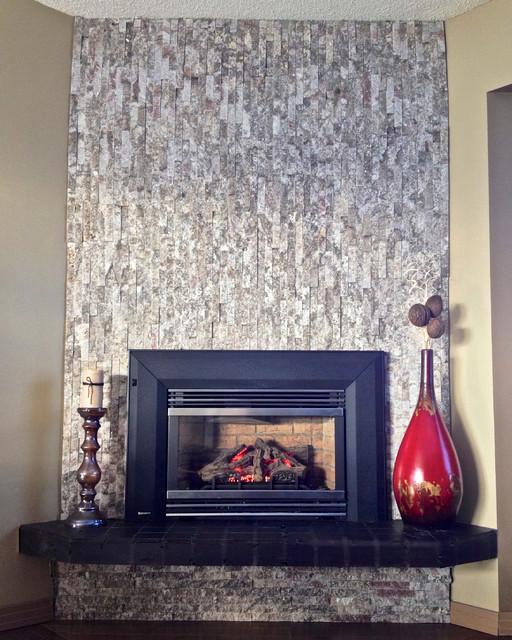 Split-face veneer tile Fireplace modern-living-room