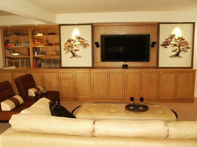 Mary Broerman, CCIDC traditional-family-room