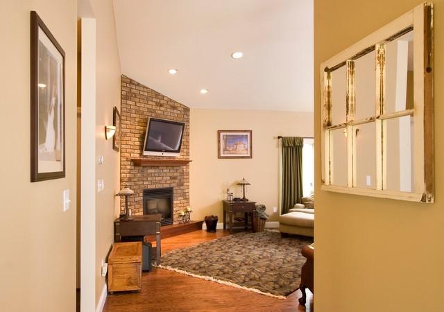 Sponsored Photos (15-20) traditional-living-room