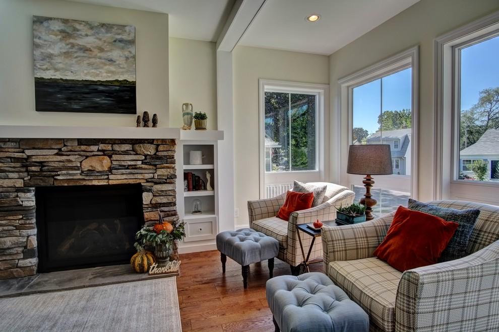 Living room photo in Minneapolis