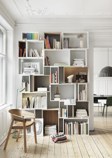 Stacked shelf system skandinavisk-vardagsrum