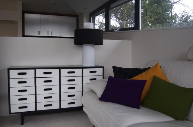 Highgate eclectic-living-room