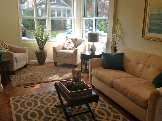 Rehabbed small house design traditional living room for Houzz small living rooms