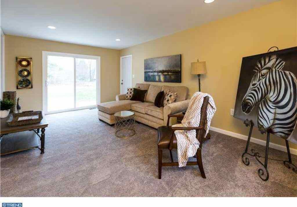 Staging - Family Room (East Windsor)