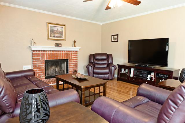 Stanfield Properties - 14502 Harvest Ridge traditional-living-room
