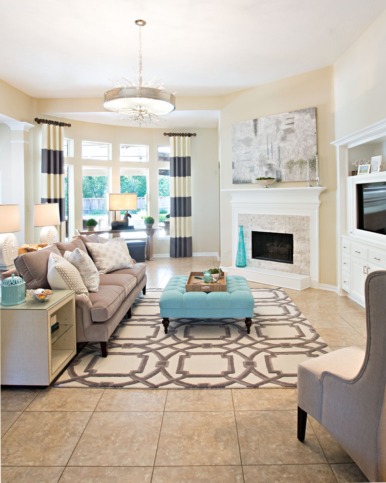 Example of an island style living room design in San Francisco