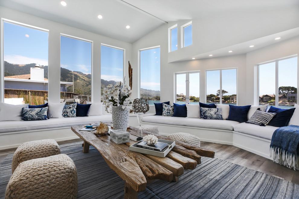 Example of a coastal living room design in San Francisco