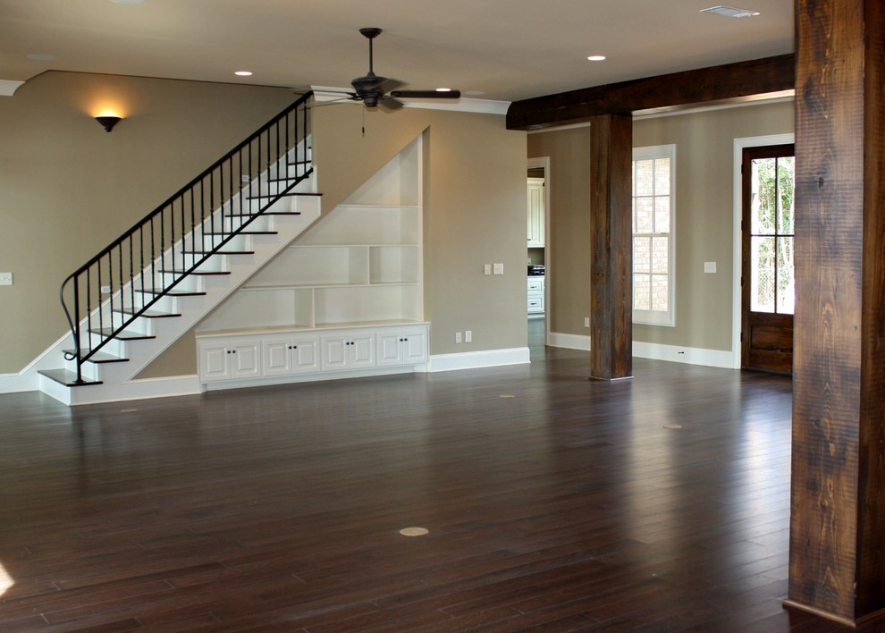 Living room - traditional living room idea in Jackson