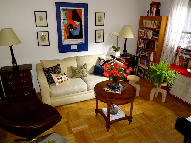 Studio Apartment New York City Tropical Living Room