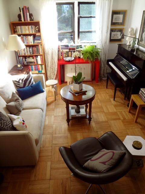 Studio apartment, New York City traditional-living-room