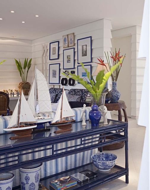 coastal style living room furniture. Contemporary Living Room by Studio Marcelo Brito Elements of Classic Coastal Style