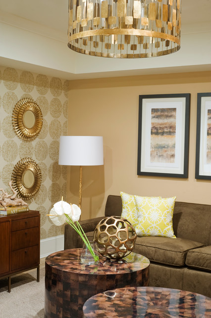 Suites- Luxe traditional-living-room