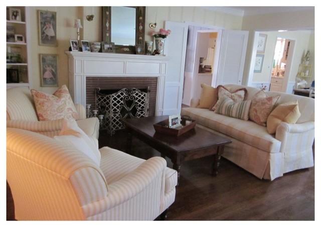 Sullivan Sofas traditional-sofas
