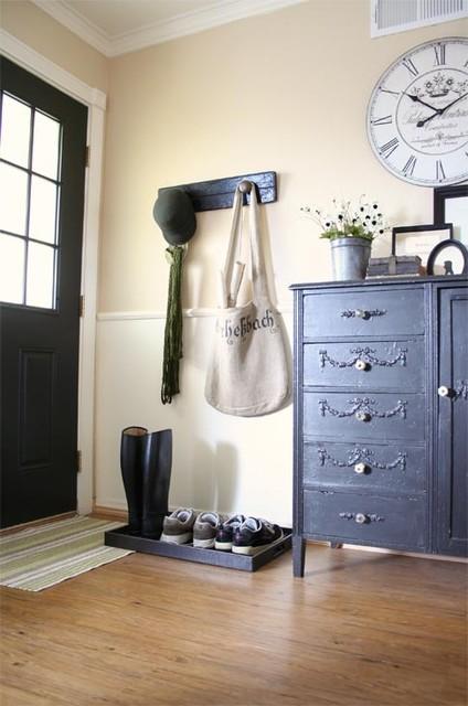 Jennifer Grey traditional-living-room
