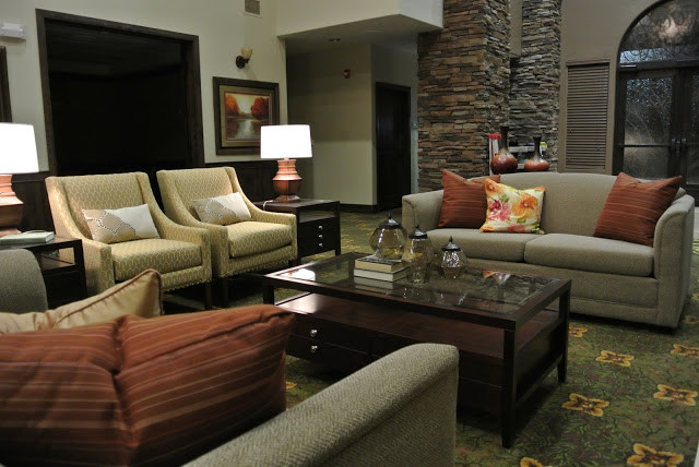 Sunriver Assisted Living traditional-living-room