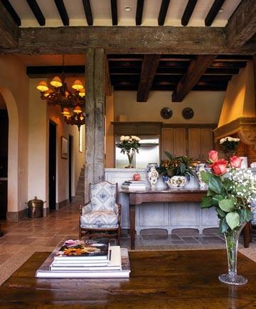 Surfsong Residence mediterranean-living-room