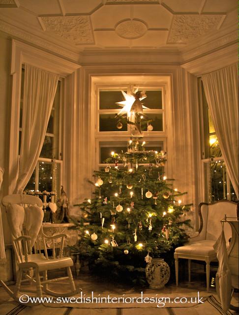 Swedish Christmas Tree Design Living Room Traditional