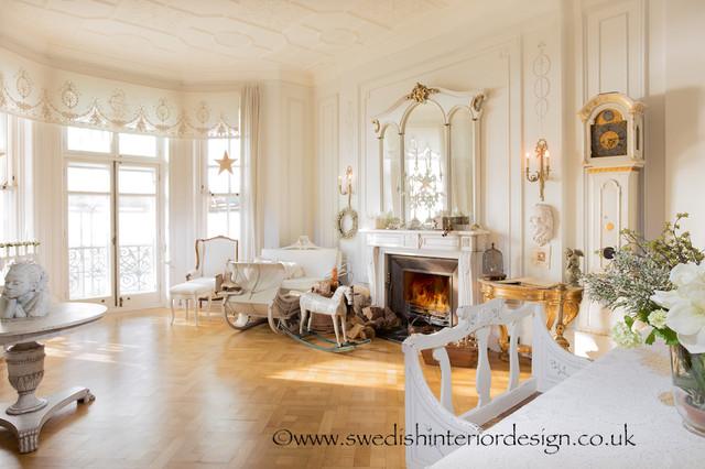 Swedish interior design traditional living room for Swedish living room ideas