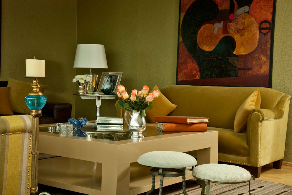 Living room - traditional living room idea in Mexico City