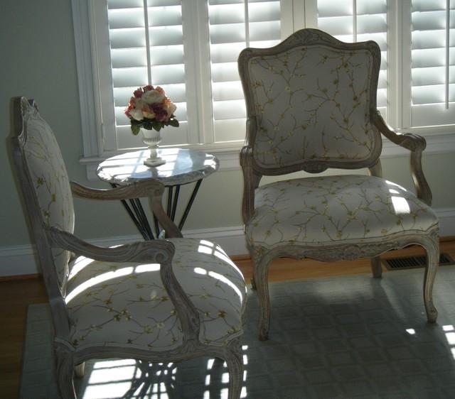 Tarrington traditional-living-room