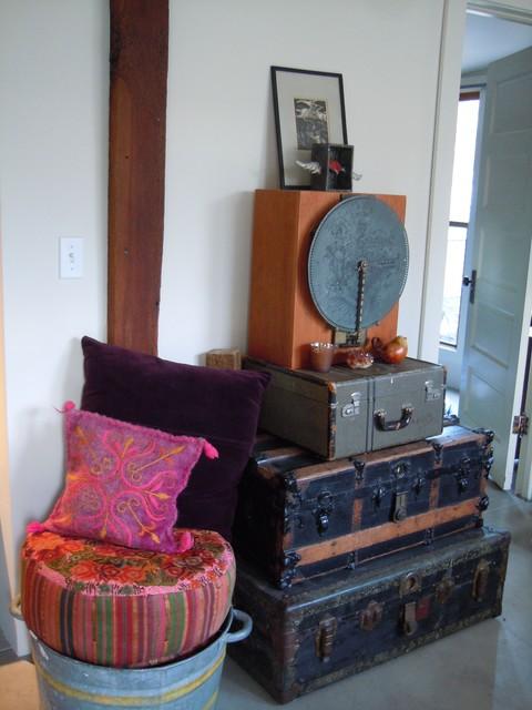 The Atelier of 7th Street - modern-living-room