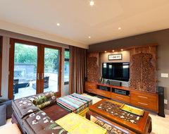 the Bauhaus living space contemporary-living-room