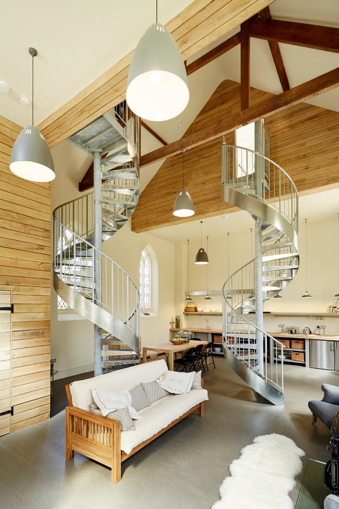 Diseño de salón abierto, contemporáneo, con paredes beige