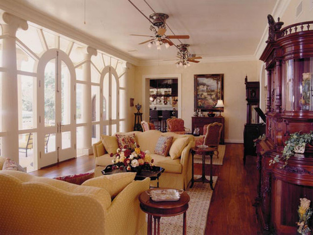 The Etagere Interior Design traditional-living-room