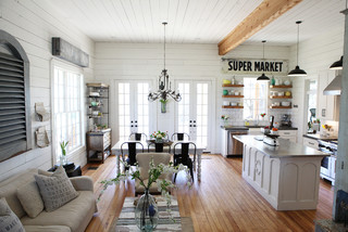 The Farmhouse - Shabby-chic Style - Living Room - Austin