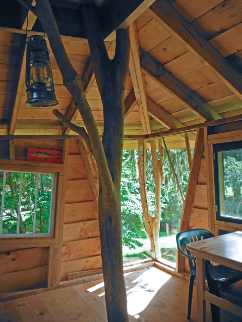 the Jolley Boys tree house in St. Albans, Vt. eclectic-living-room