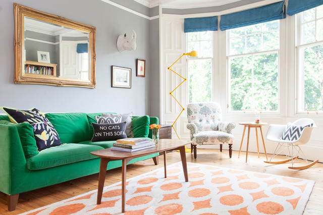 10 tricks to decorating your living room on a budget for Pictures for living rooms what is in style