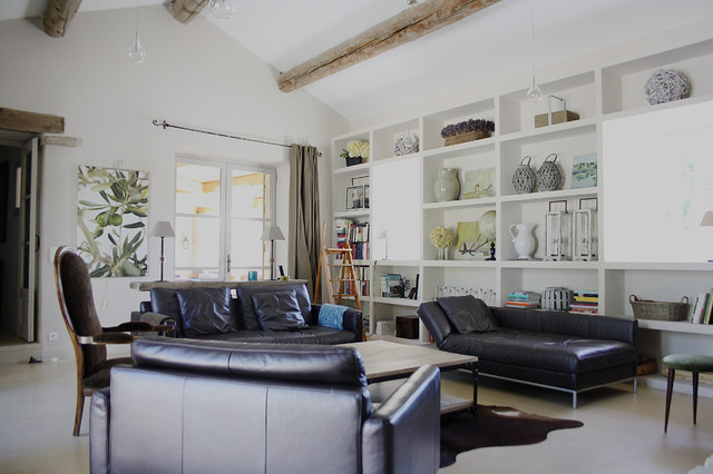 The Provence home of Chantal and Harry - Shabby chic - Living Room - amsterdam - by Holly Marder