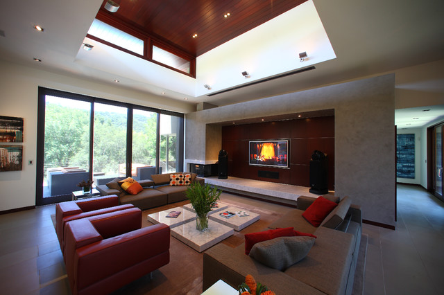 The Robb Report contemporary-living-room